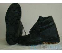 Ботинки юфть/кирза бортопрошивные с мягким кантом.
